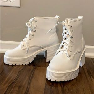 BRAND NEW ADIKA WHITE PLATFORM CLOTH BOOTS